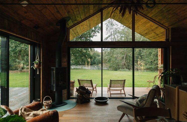 lakeside cabin jo airbnb